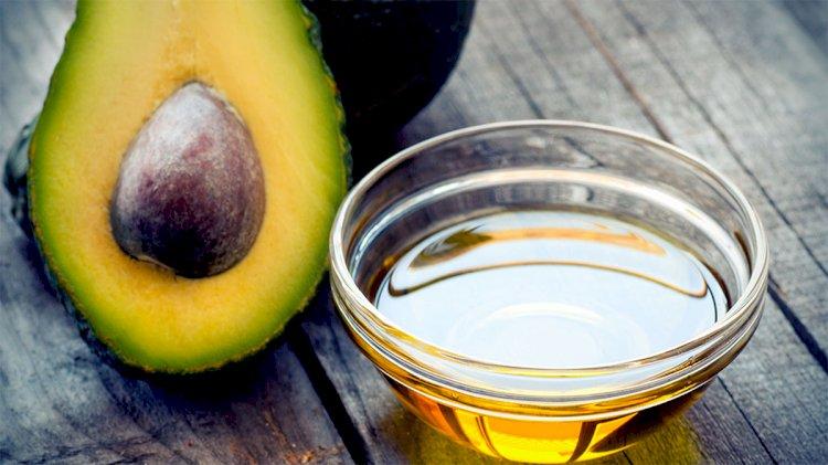 How effective Avocado oil on hair?
